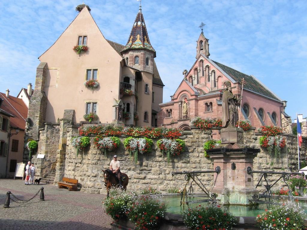Eguisheim maison leon baur - Les plus beaux gites de france ...